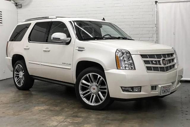 Cadillac Escalade Premium 2012