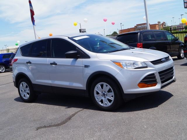 Ford Escape S 2016