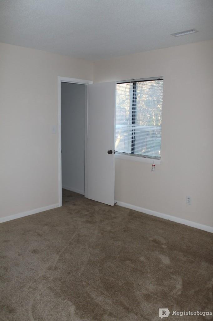 $1170 Three bedroom Apartment for rent