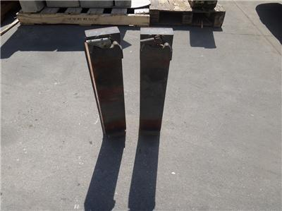 FORKLIFT FORKS 36 INCH LONG CLASS 2