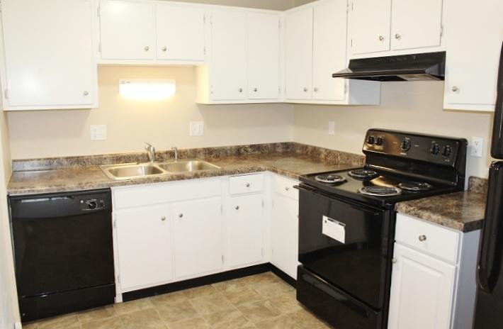 $893 Three bedroom Apartment for rent