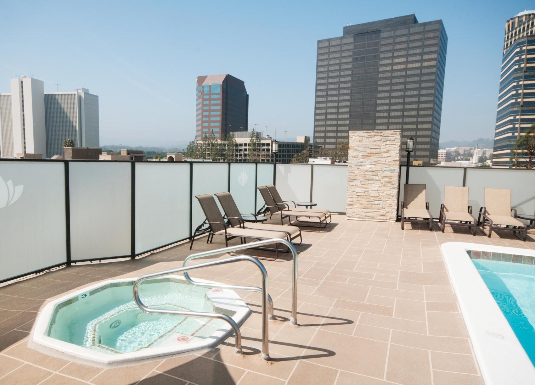$5225 Two bedroom Apartment for rent