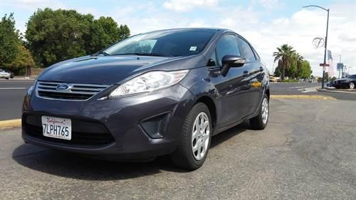 Rates as low as 0% (2013) Ford Fiesta-<CASH OR PAYMENTS>-