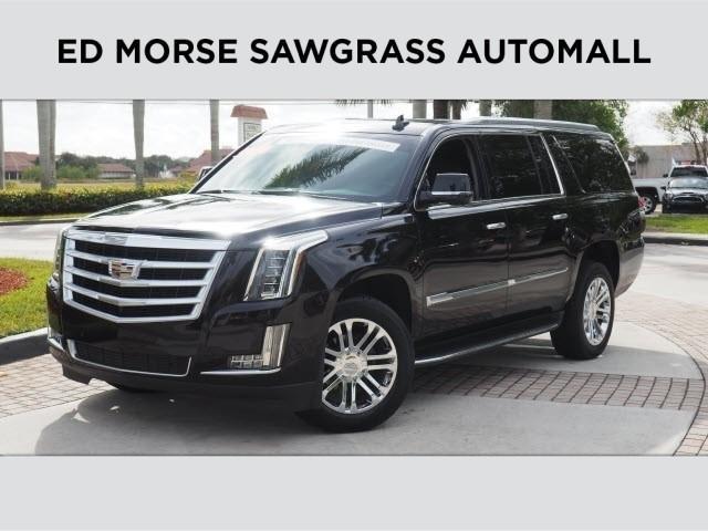 Cadillac Escalade ESV Standard 2016