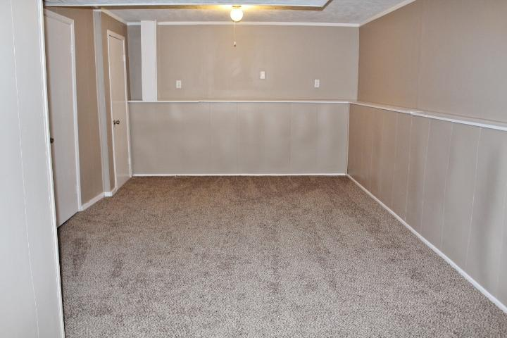 $1080 Three bedroom Apartment for rent