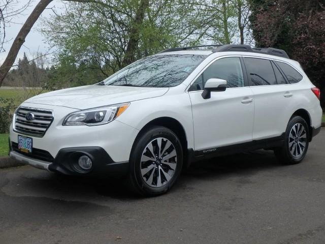 Subaru Outback 2.5i Limited w/ Eyesight-Moonroof-Navigation 2016
