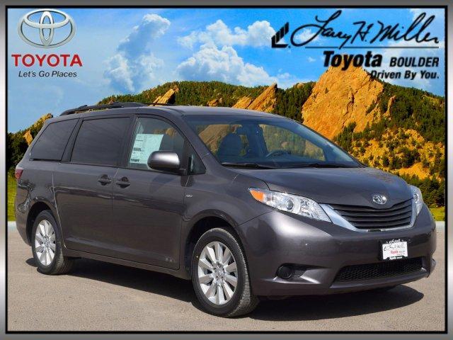 Toyota Sienna LE 7 Passenger 2017