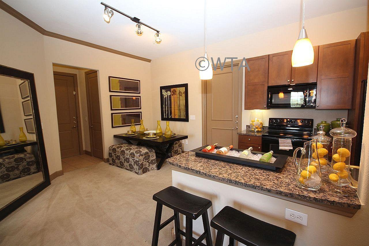 $2212 Two bedroom Apartment for rent