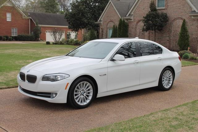 2011 BMW 5 Series 535i-4dr Sedan