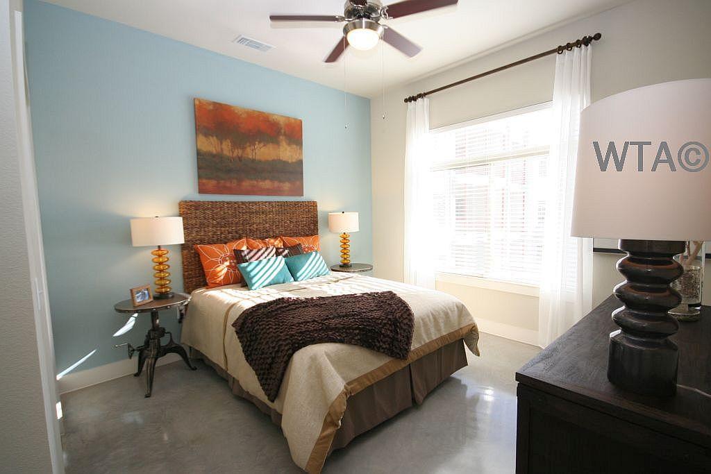 $1375 Studio Apartment for rent