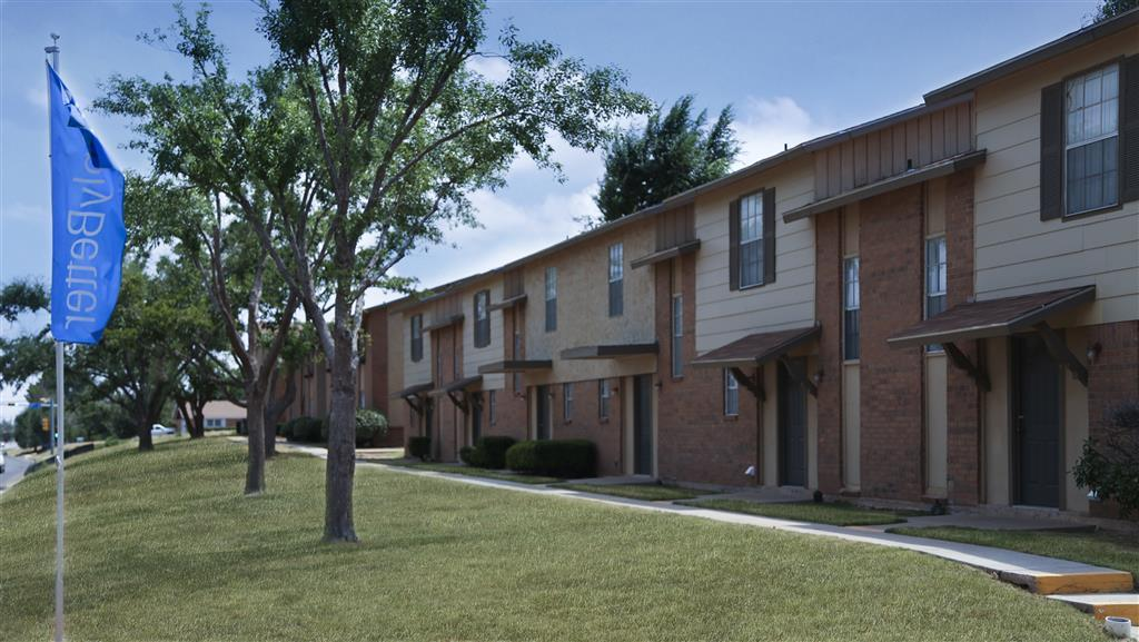 $825 Two bedroom Apartment for rent