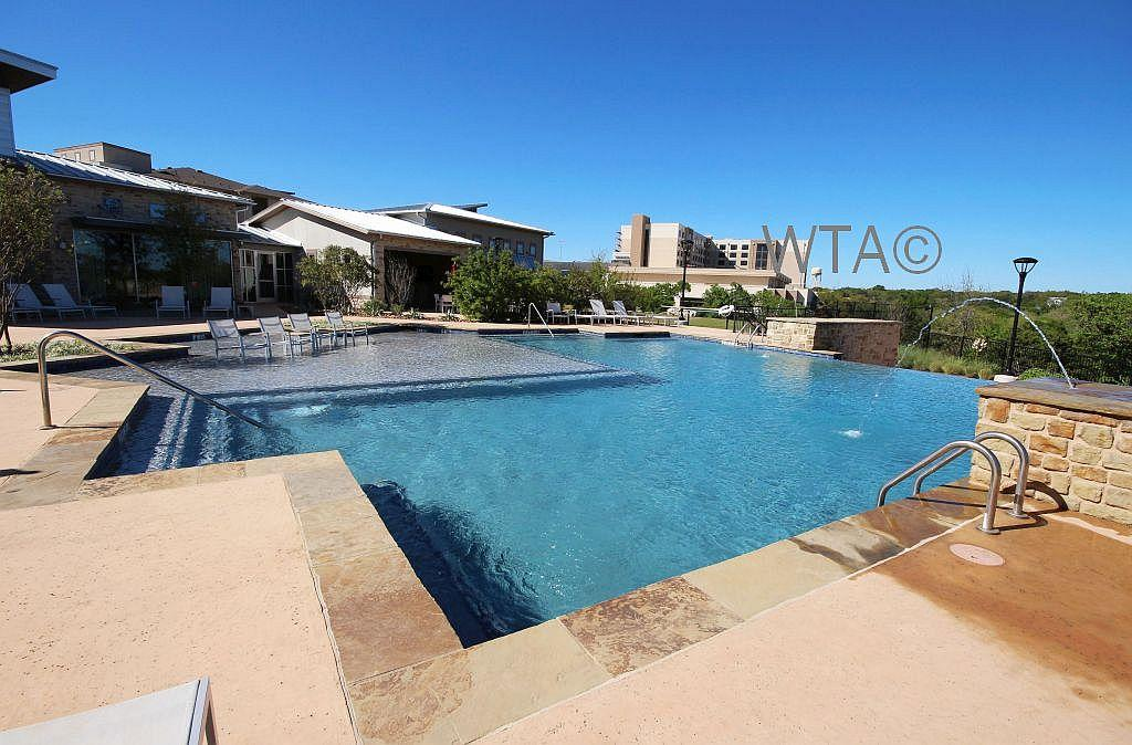 $1699 Three bedroom Apartment for rent