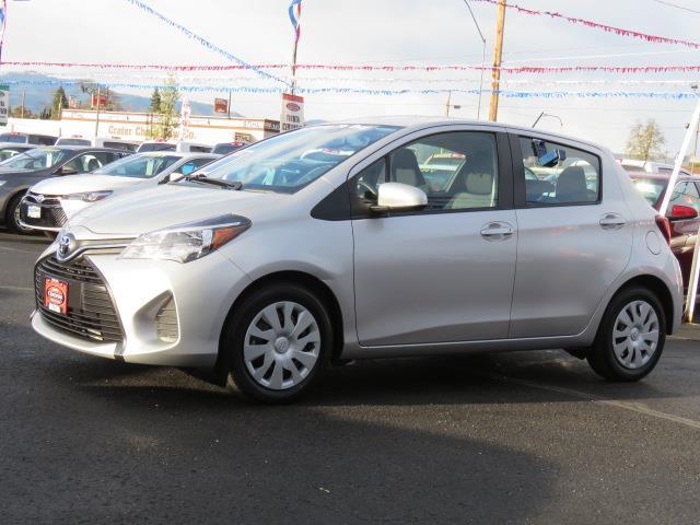 Toyota Yaris L 2015