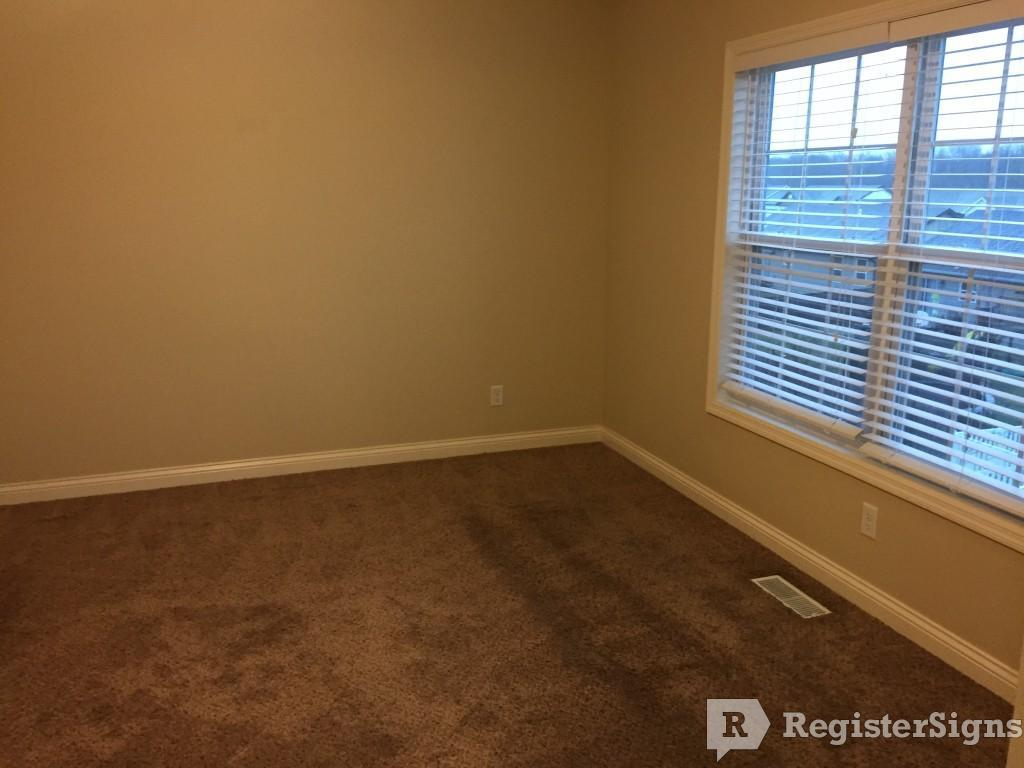 $1574 Three bedroom House for rent