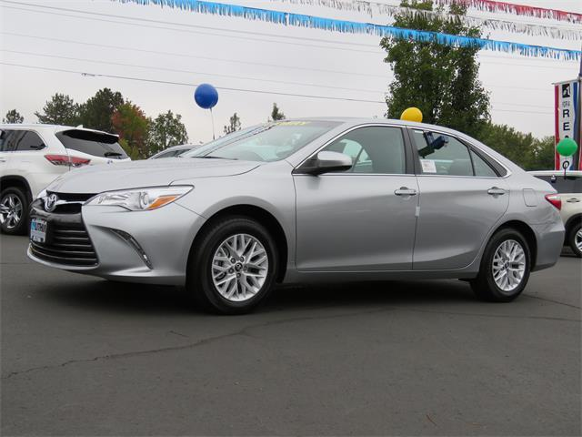 Toyota Camry LE 2017