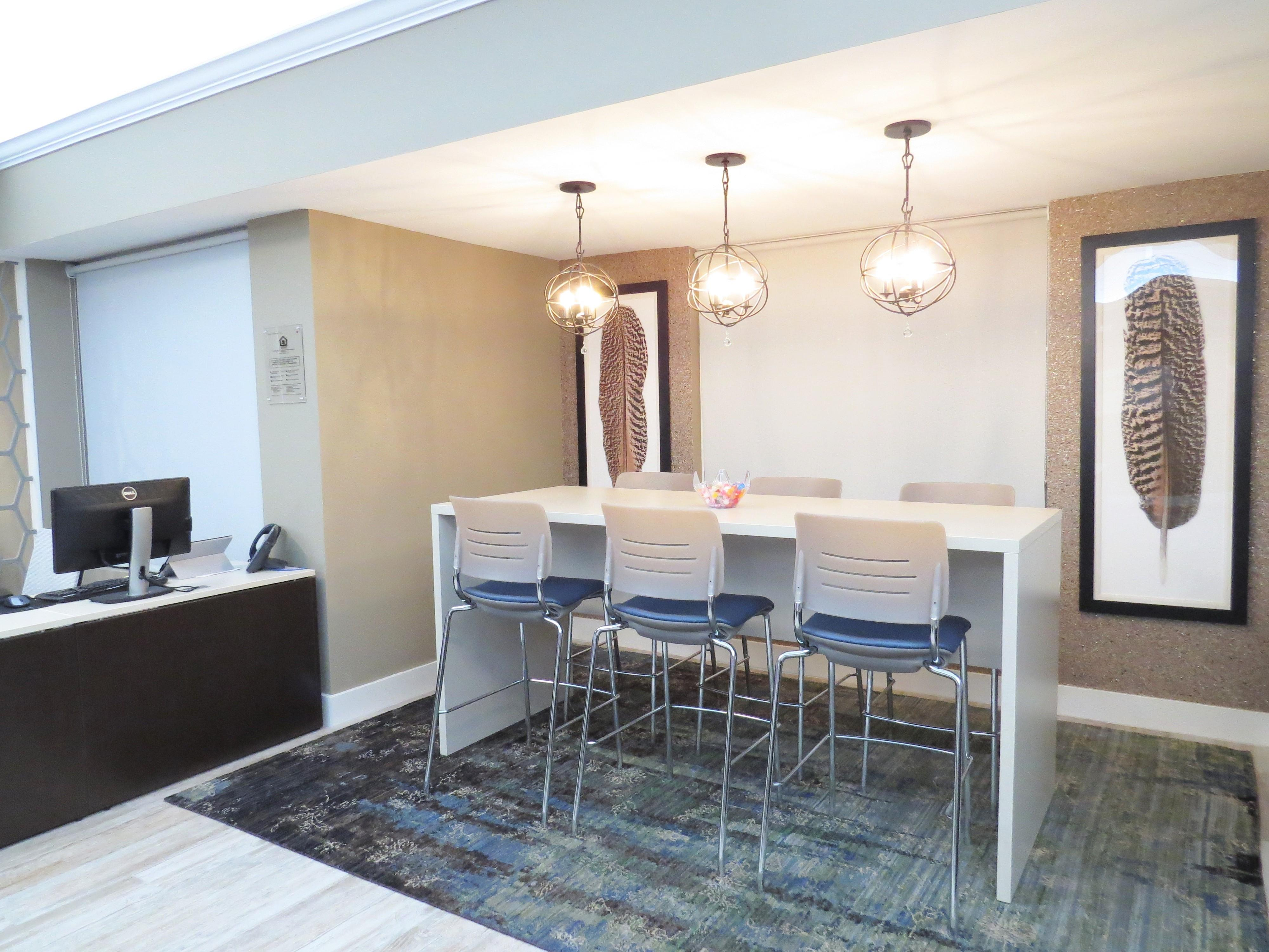 $1732 Three bedroom Apartment for rent