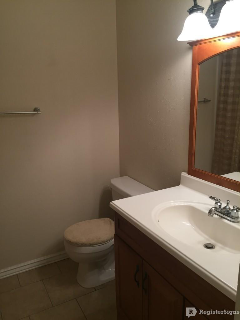 $990 Two bedroom Townhouse for rent