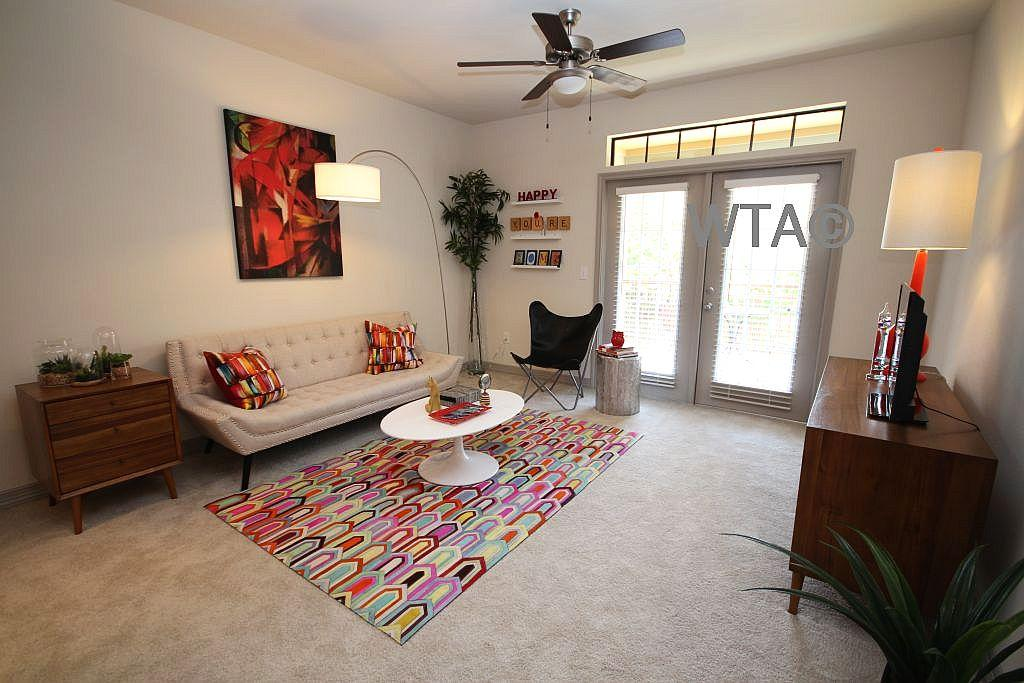 $2462 Three bedroom Apartment for rent