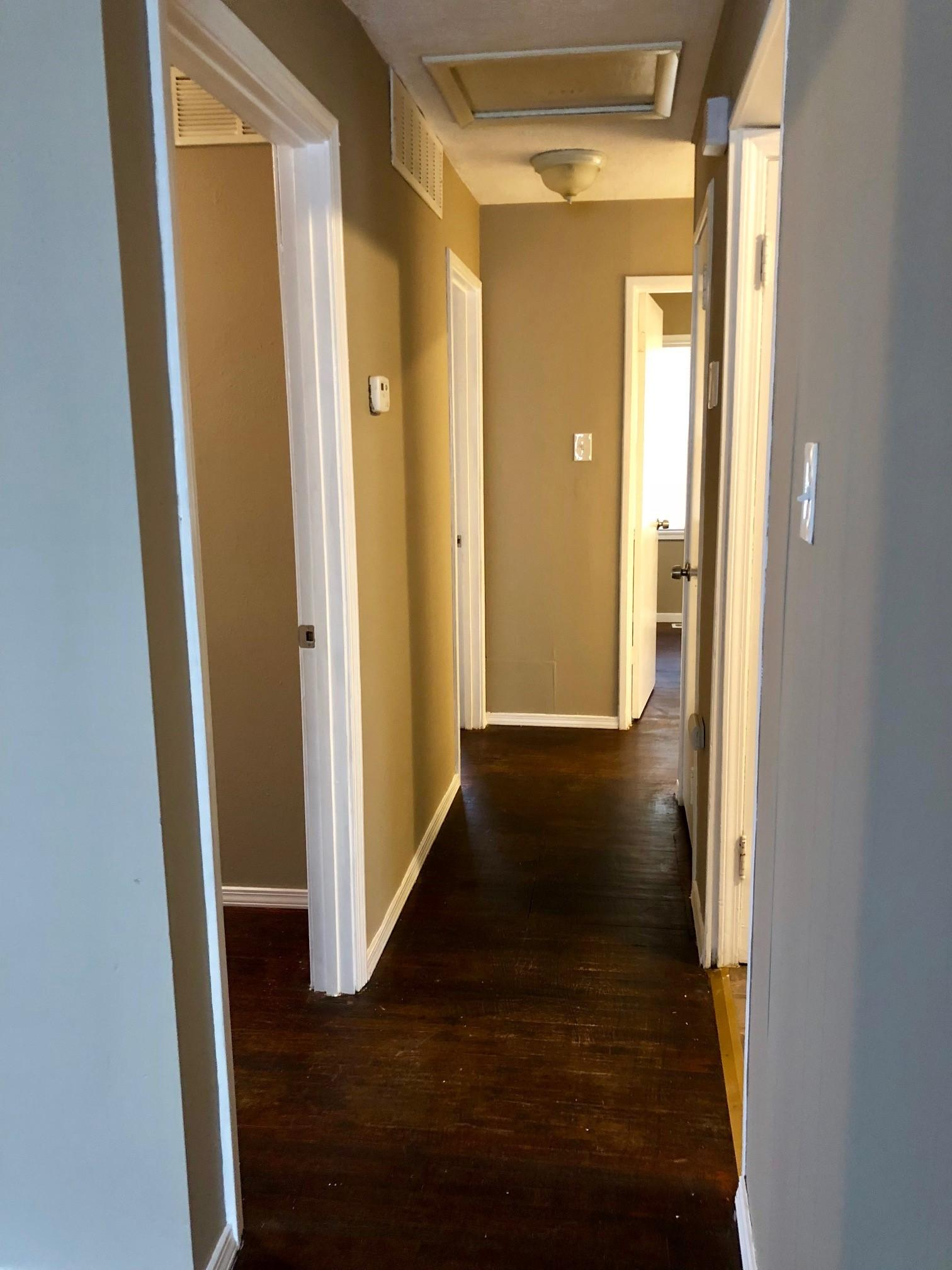 $795 Three bedroom Apartment for rent