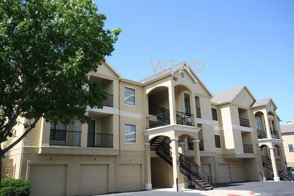 $1490 Three bedroom Apartment for rent