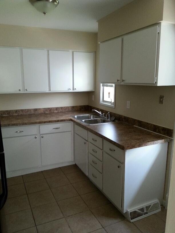 $1193 Three bedroom Apartment for rent