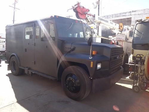 1991 FORD F-700 ARMOR TRUCK