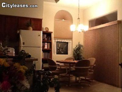 $950 Three bedroom Townhouse for rent