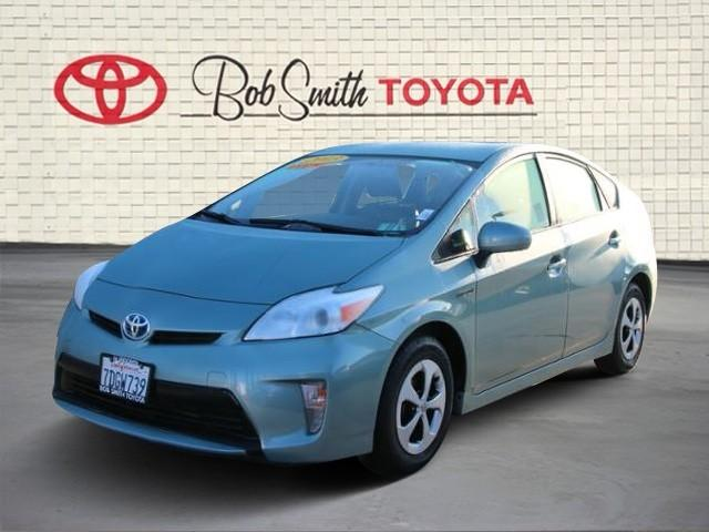 Toyota Prius 5dr HB Two 2013