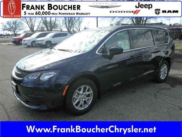 Chrysler Pacifica LX 2017