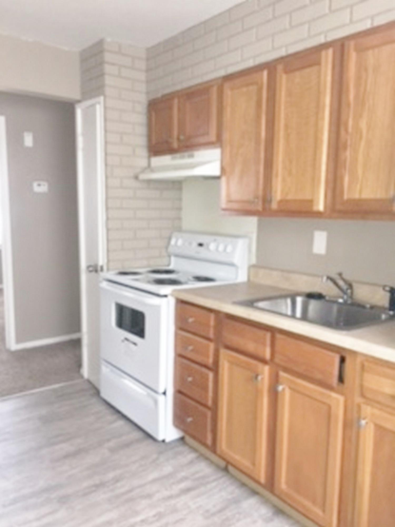 $825 Three bedroom Apartment for rent