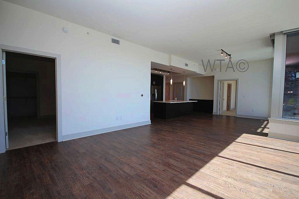 $2808 One bedroom Apartment for rent