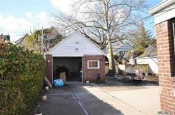 ID: (SCA) Single Family Cape In The Heart Of Whitestone For Sale