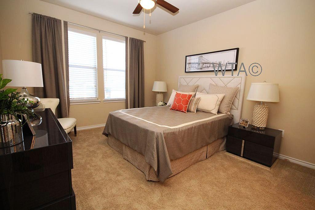 $1728 Three bedroom Apartment for rent
