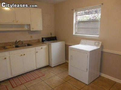 $450 Two bedroom House for rent