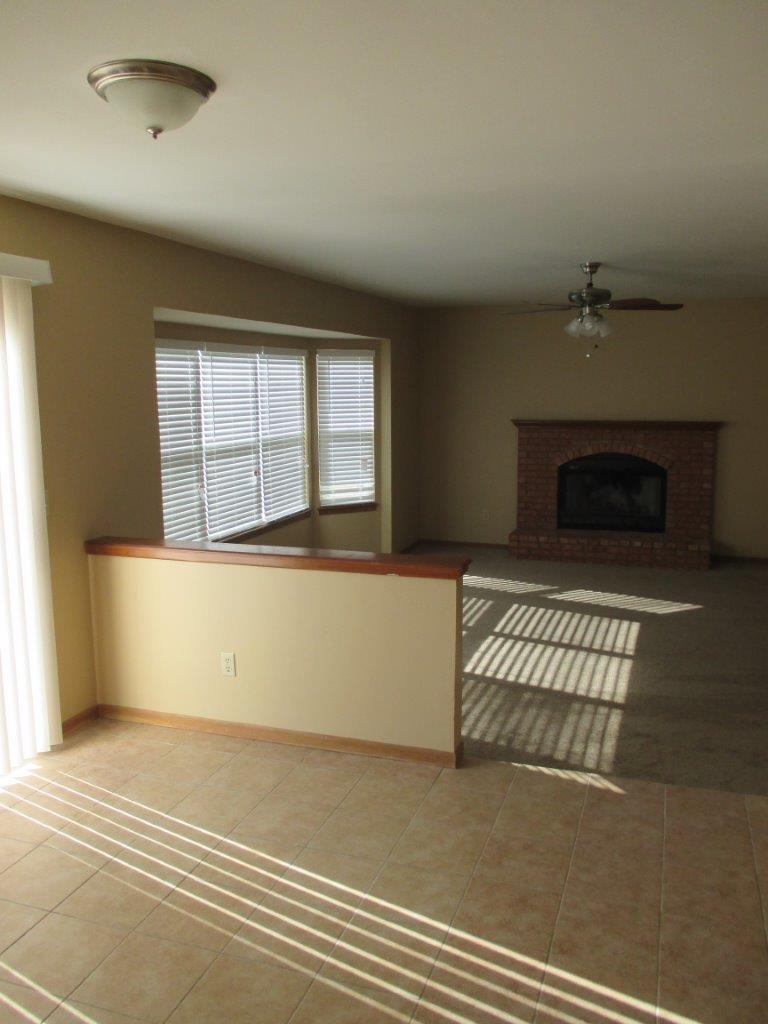 $1595 Four bedroom Apartment for rent
