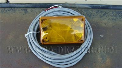 WHELEN 400 SERIES LINEAR STROBE LIGHT AMBER LENS W/ CABLE 01-0663478-A1