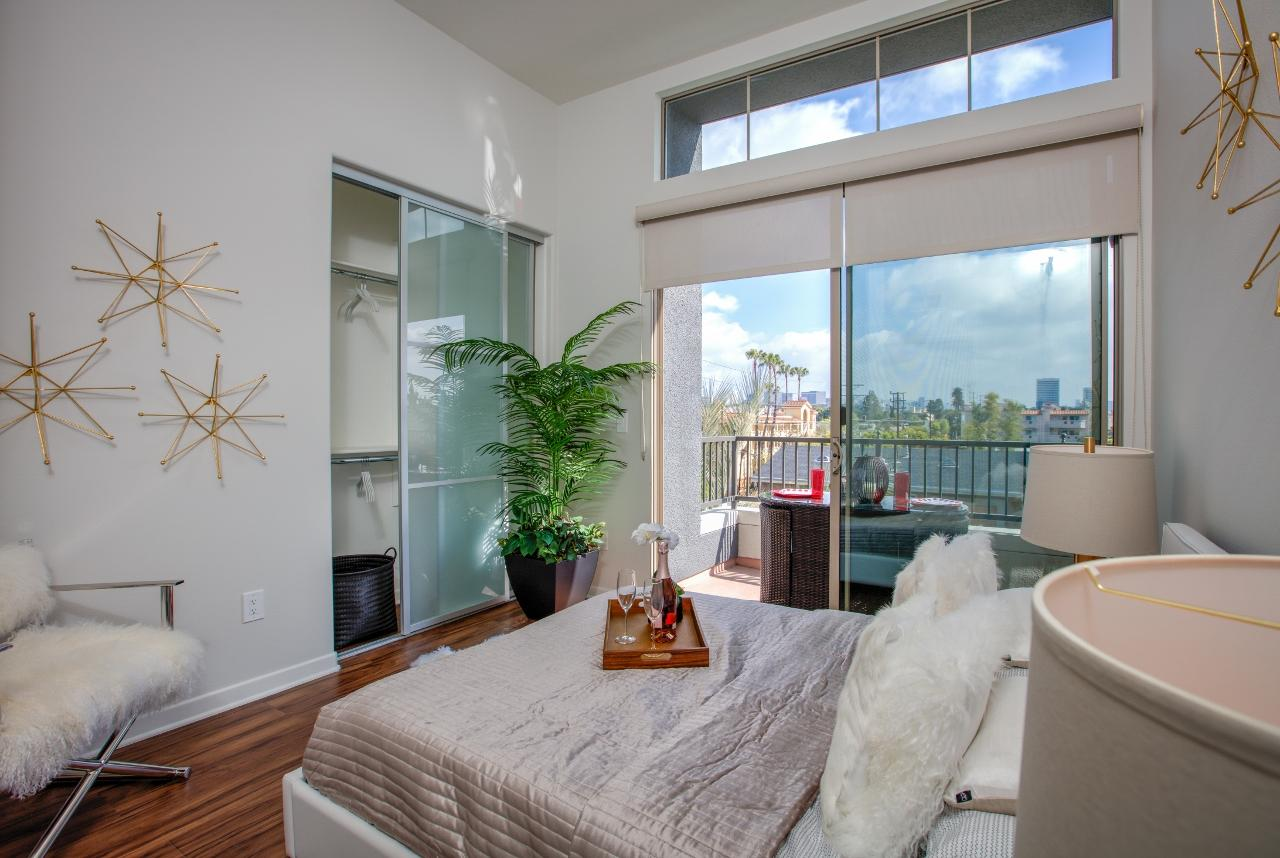 $8055 Three bedroom Apartment for rent