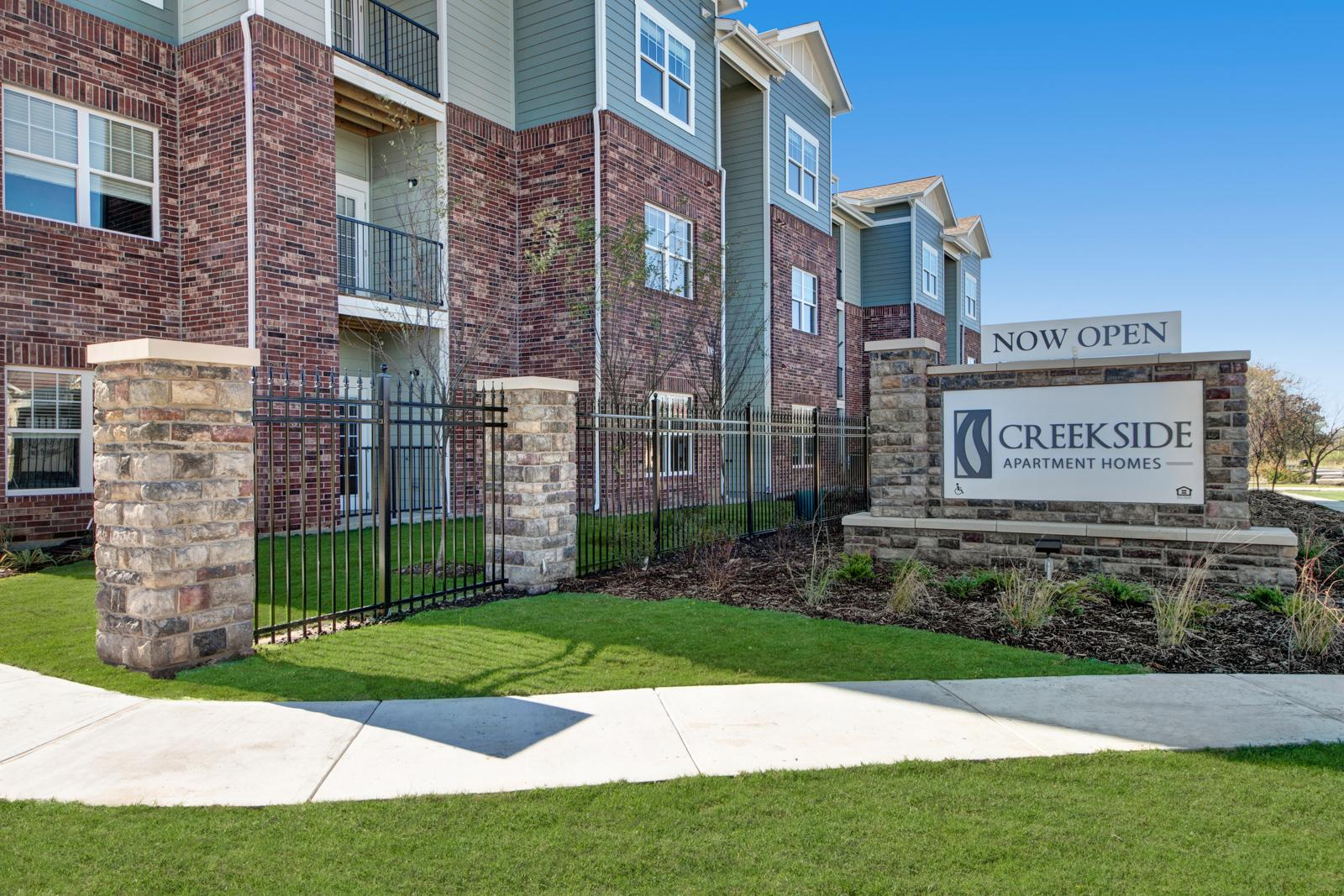 $1399 Three bedroom Apartment for rent