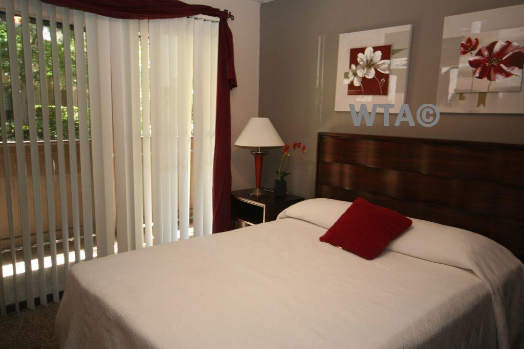 $1016 Two bedroom Loft for rent