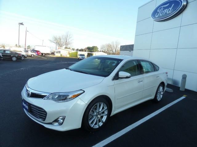 Toyota Avalon 4dr Sdn Limited 2013