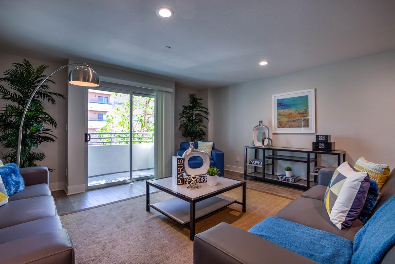 $1049 Five+ bedroom Apartment for rent