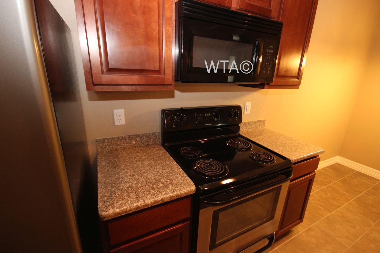 $1514 Three bedroom Apartment for rent