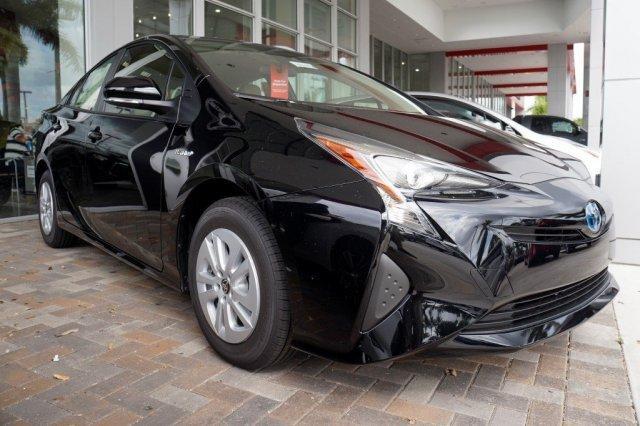 Toyota Prius Two 2017