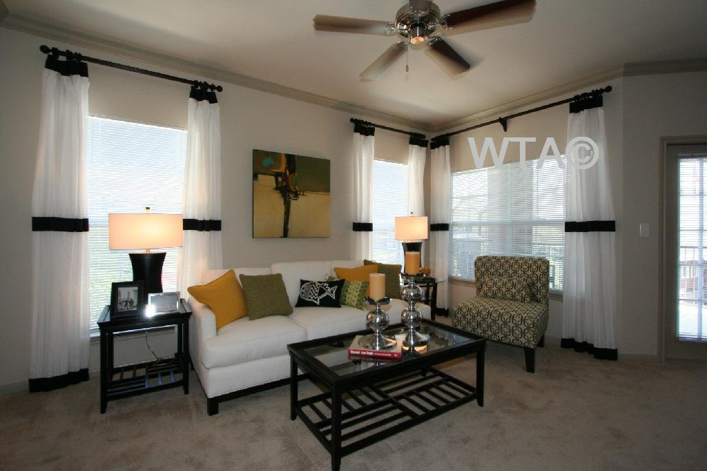 $1658 Three bedroom Apartment for rent