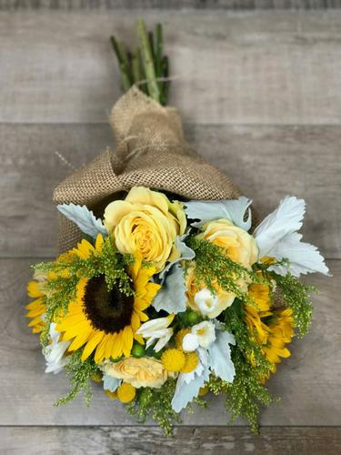 Need Congratulations Bouquets? Visit Culver City Flower Delivery