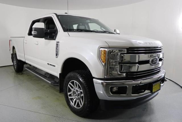 Ford Super Duty F-350 SRW Lariat 2017