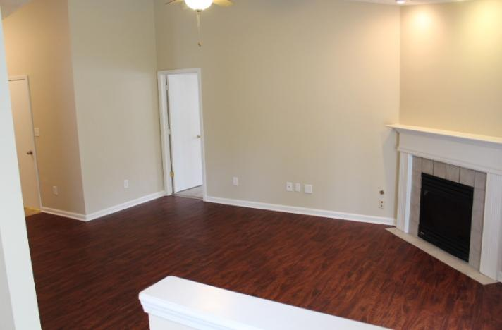 $999 Three bedroom Apartment for rent