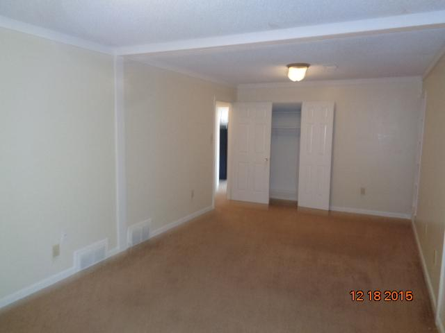 $1125 Four bedroom Apartment for rent
