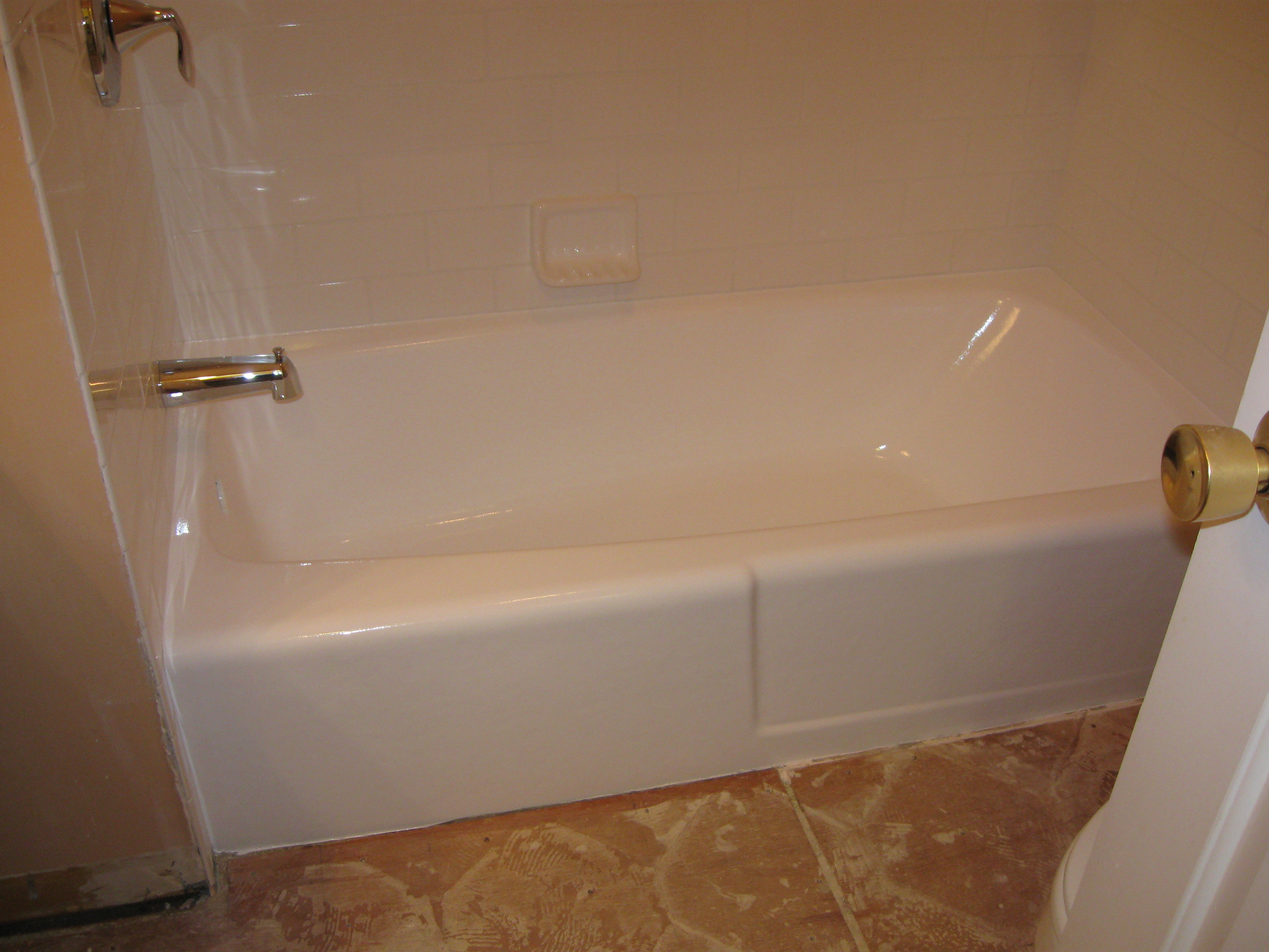 Amazing Bathtub Refinishing NC