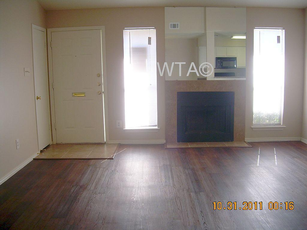 $1349 Three bedroom Apartment for rent